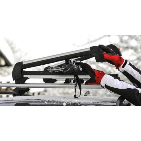 Suport pentru schiuri si placa pentru bare transversale Menabo Frozen Plus